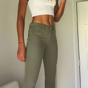 mid to high waist green jeans/jeggings
